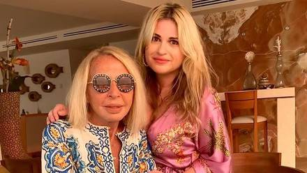 Laura Bozzo y su hija Victoria de la Fuente
