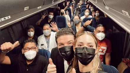 Parten camiones de caravanas de vacunación en Nuevo León