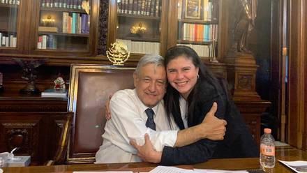 Manuela Obrador y AMLO
