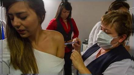 Vacunación para mayores de 30 años en México