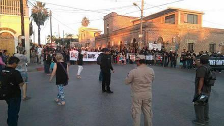 El fin de semana que pasó hubo una marcha de extranjeros y mexicanos contra Tres Santos.
