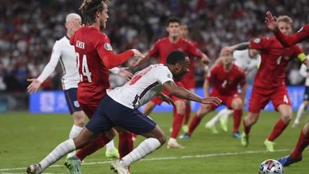 Raheem Sterling hizo un 'Robben' en la Euro