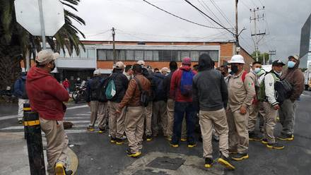 Manifestación en Iztacalco de trabajadores de Gas Bienestar