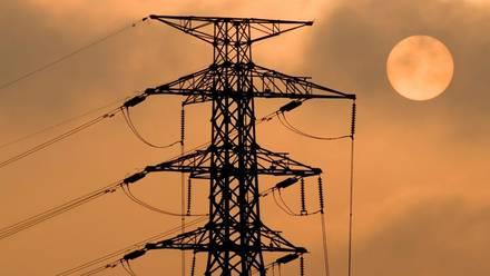 AMLO envia reforma eléctrica al Congreso