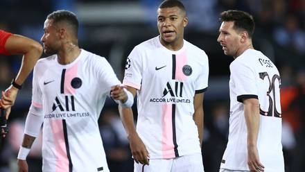 El PSG de Messi, Neymar y Mbappé tuvo un triste debut en la Champions League