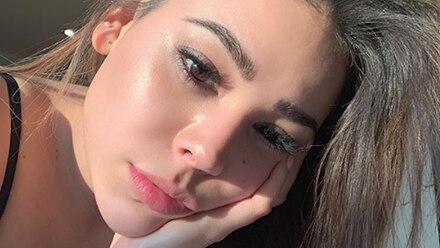 """Danna Paola alarma a sus fans al mandar un mensaje desde el hospital: """"La felicidad se me va"""""""