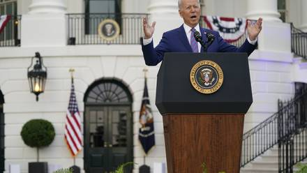 """Joe Biden aseguró que EU está cerca de declarar la independencia ante """"un virus mortal"""""""
