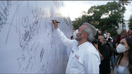 Alfredo Ramírez Bedolla firma Acuerdo de Unidad