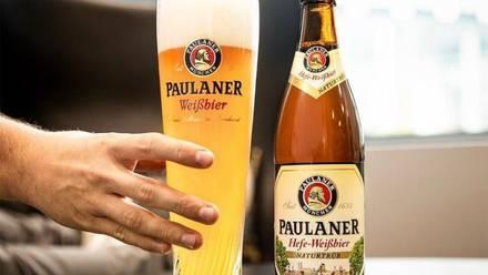 Monjes bebían cerveza en cuaresma