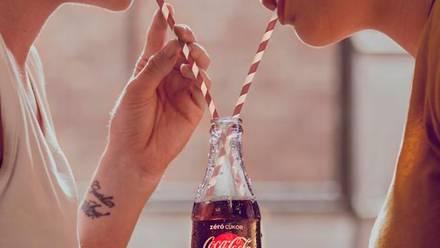 Coca Cola Hungría Love is love