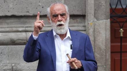 """Fernández de Cevallos llama a AMLO un """"corrupto, inepto, locuaz y mentiroso""""."""