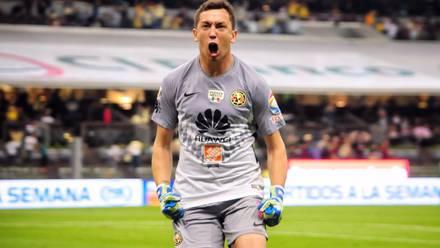 Marchesín celebra gol vs Chivas.