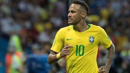 Neymar con la Selección Brasileña.