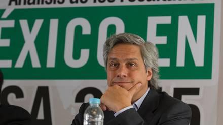 Claudio X. González Guajardo. Reproches del presidente a su padre.