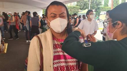 Lady Tacos de Canasta se vacuna contra el Covid-19
