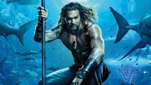 """Jason Momoa se pronuncia ante la moda de no bañarse en Hollywood; """"Soy Aquaman, estoy en el agua"""" (VIDEO)"""