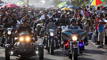 Motociclistas... con violencia en Mazatlán
