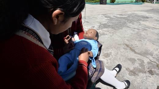 Embarazo infantil y adolescente en México tiene tasas similares a África