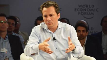 Emilio Lozoya, director de Pemex. Explicaciones.