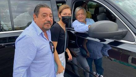 Félix Salgado Macedonio con Estrella Salgado y AMLO