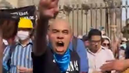 Hombre neonazi