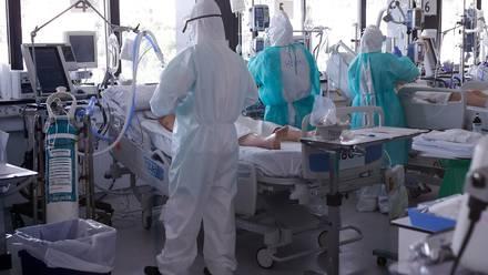 Atención de pacientes en España.
