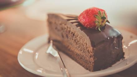 Tras comer un pastel  lamington, una señora murió atragantada