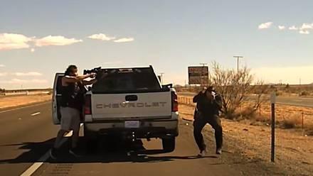 Conductor dispara a policía