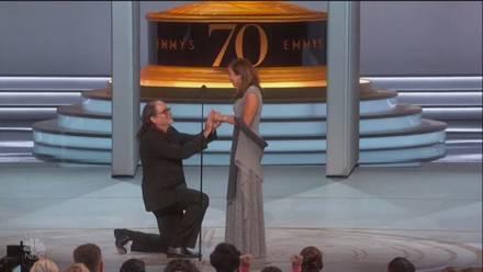Glenn Weiss pidiendo matrimonio