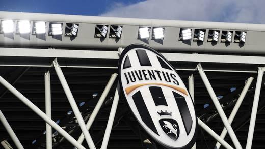 Juventus y AC Milan dejan entrever su salida de Superliga Europea