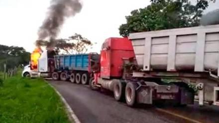 Enfrentamientos entre CJNG y autodefensas de Tepalcapetec en Michoacán.