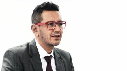 """Iván Ruiz García, investigador de la UNAM que aseguró que el """"feminicidio es un acto de amor""""."""
