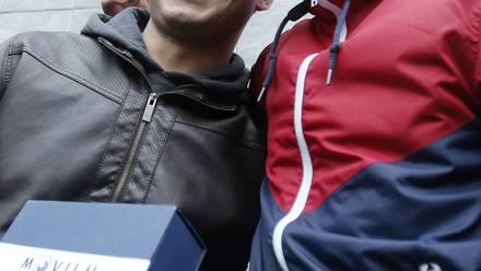 Mauricio Ruiz y su novio Jorge Velázquez, tras la salida del clóset del primero