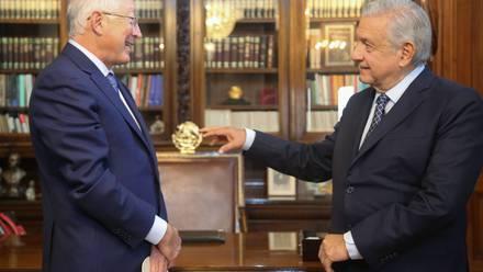 AMLO y embajador Ken Salazar
