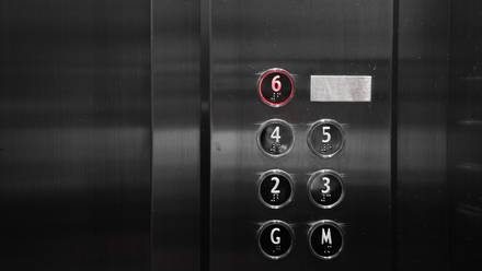 Transmisión por elevador