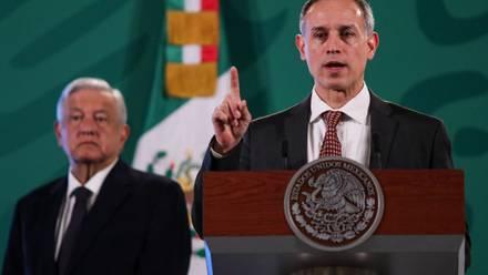 AMLO y Hugo López-Gatell han asegurado que reclamos de padres de niños con cáncer son con fines golpistas